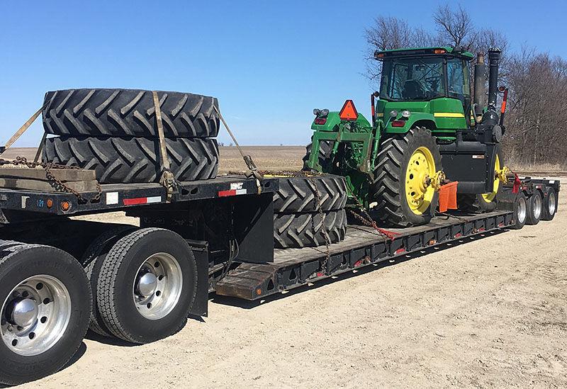 Доставка трактора