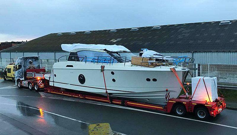 Перевозка яхт автотранспортом