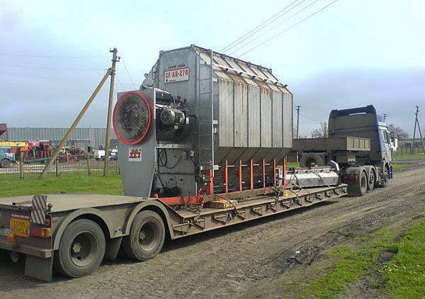 Перевозка трансформатора на трале