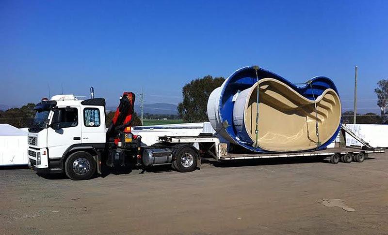 Перевозка бассейнов автотранспортом
